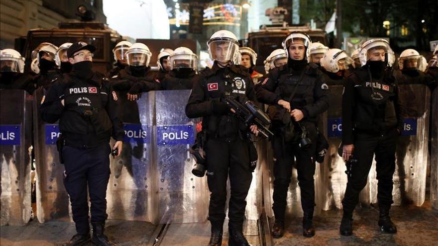 Detienen a 18 personas en Turquía por reclutar a combatientes para Al Qaeda