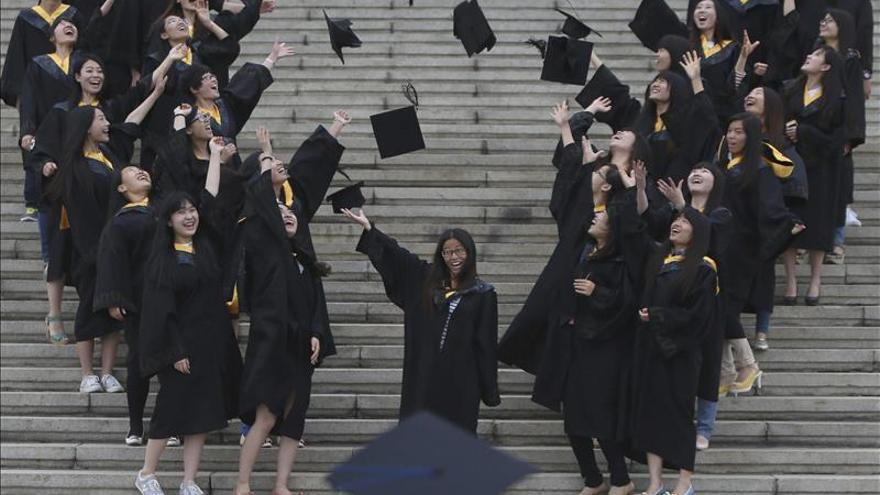 China acusa a Occidente de extender su influencia en universidades chinas