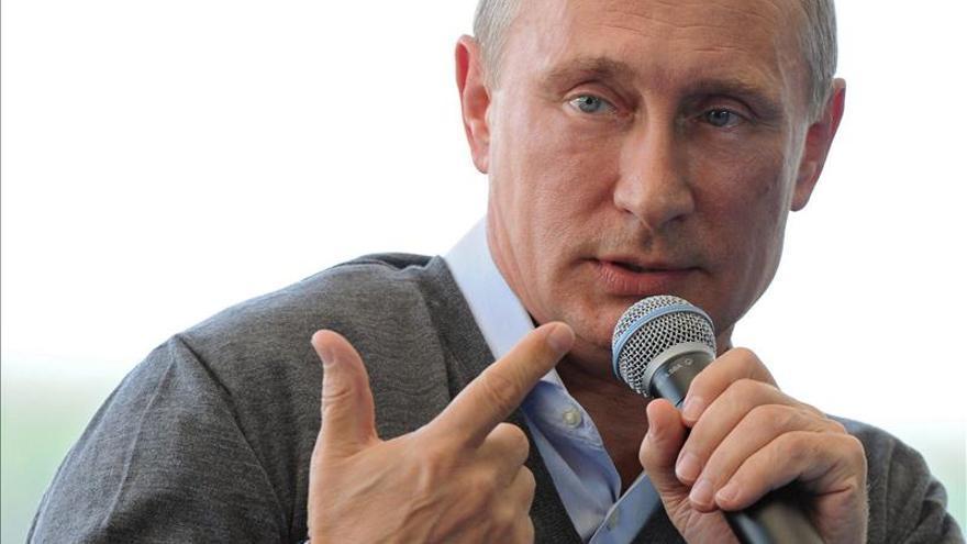 Putin llama a Ucrania a cambiar su modelo de Estado para frenar la guerra