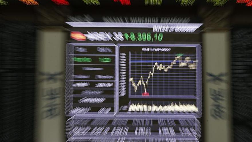 La Bolsa española mantiene las alzas a mediodía y el IBEX 35 sube el 0,50 por ciento
