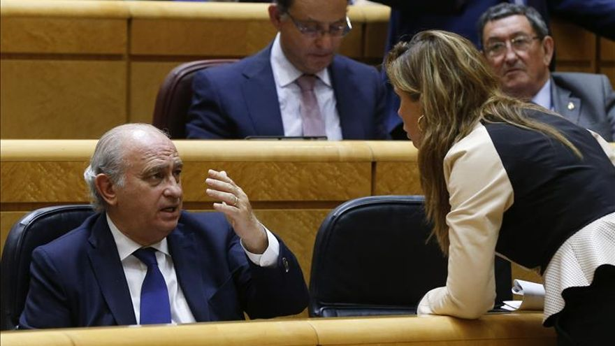 """Sánchez-Camacho advierte que """"quien se enfrenta a la ley y a la democracia acaba perdiendo"""""""