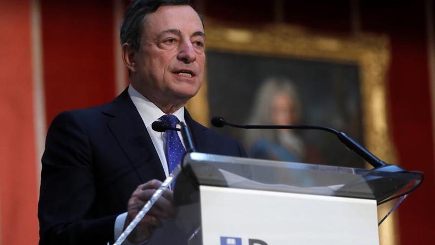 El BCE decidió ampliar los estímulos monetarios hasta 2,2 billones de euros