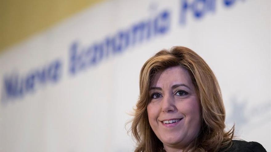 Díaz reprocha a Podemos que quiera dividir España y recalca el valor del 28-F