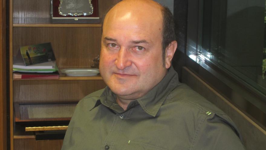 """Ortuzar (PNV) propone a PSE """"meter la carpeta de los agravios al cajón"""" para llegar a """"grandes acuerdos de país"""""""