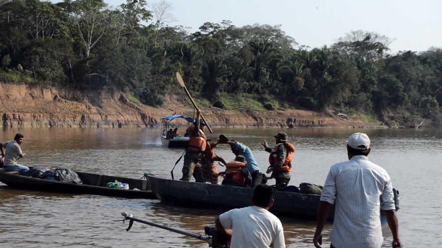 Agresión de militares a indígenas.
