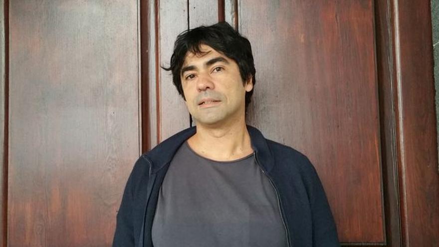 Juvenal Machín es autor de 'El juego de los peces'. Foto: LUZ RODRÍGUEZ.
