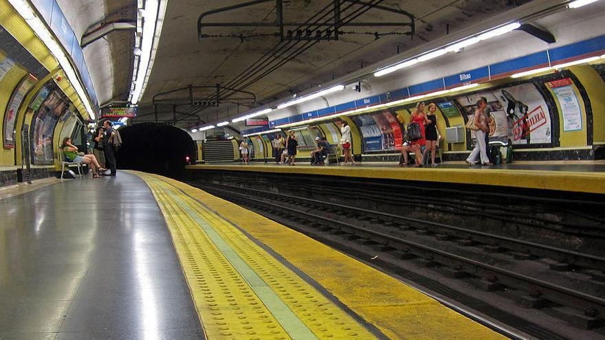 Antiguo andén de la línea 4 en Metro de Bilbao | WIKIPEDIA