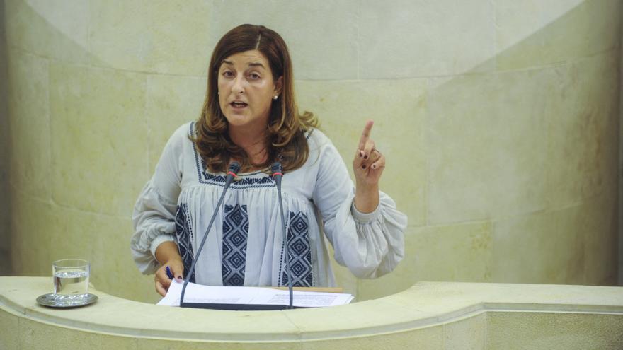 La secretaria general del PP de Cantabria, María José Sáenz de Buruaga.   JOAQUÍN GÓMEZ SASTRE