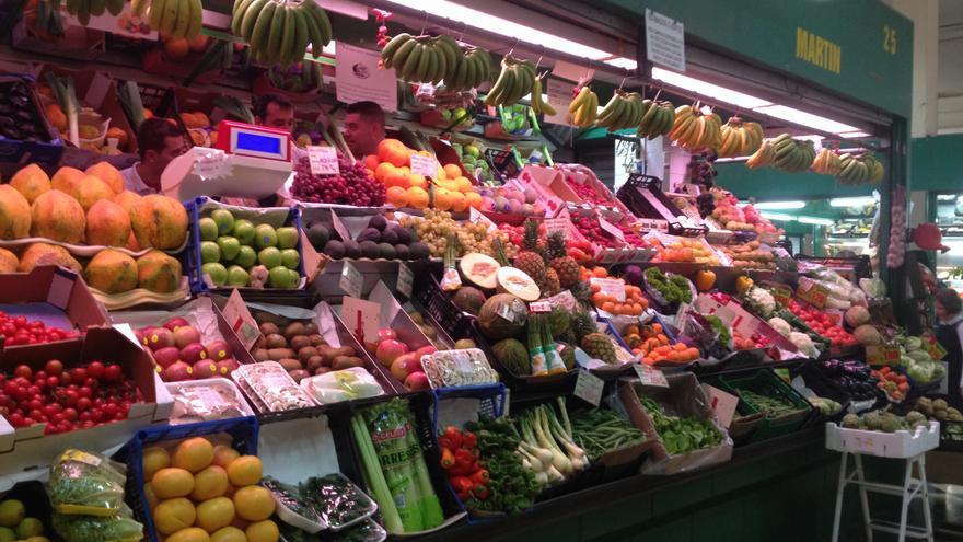 Frutería en el Mercado Central. Iago Otero.