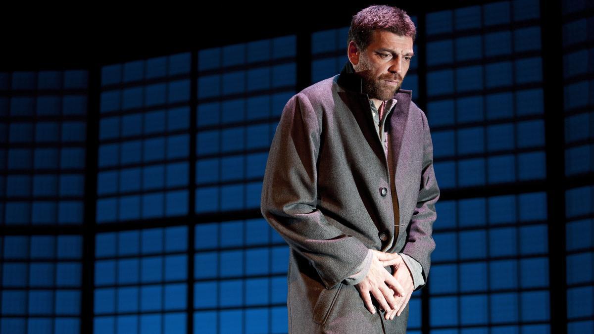 Hovik Keuchkerian, protagonista de la obra 'Un obús en el corazón'.