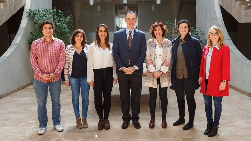 La UPNA y la Universidad de Navarra firman un convenio de colaboración para que sus estudiantes realicen prácticas