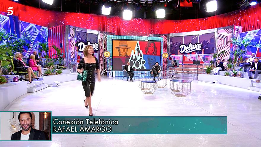 """María Patiño abandona el plató del 'Deluxe' por la llamada de Rafael Amargo: """"Con delincuentes no puedo hablar"""""""