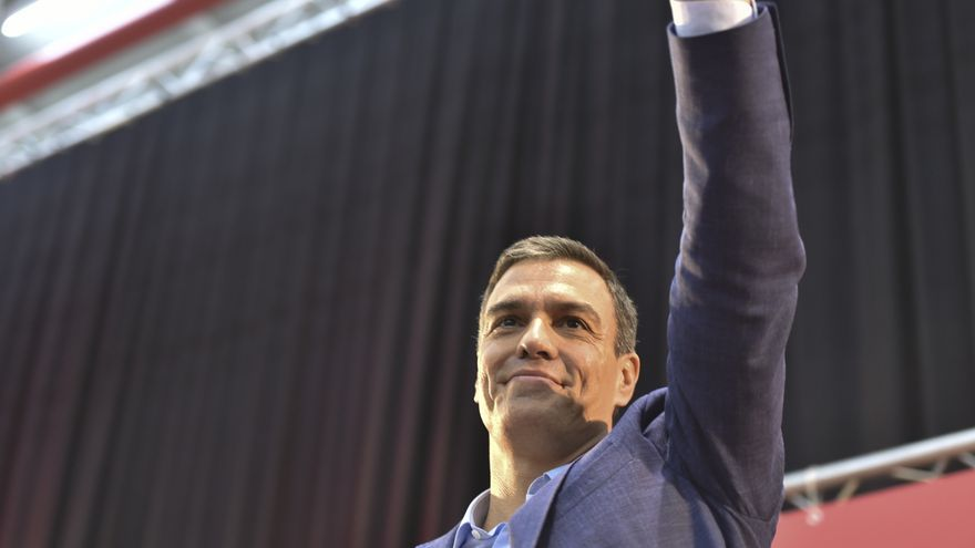 Sánchez promete que si llega la crisis haría un reparto justo de la carga, no a costa de los trabajadores