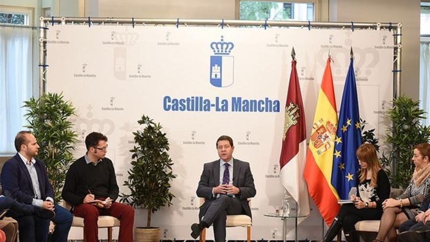 Emiliano García-Page en un encuentro informativo en Albacete / JCCM