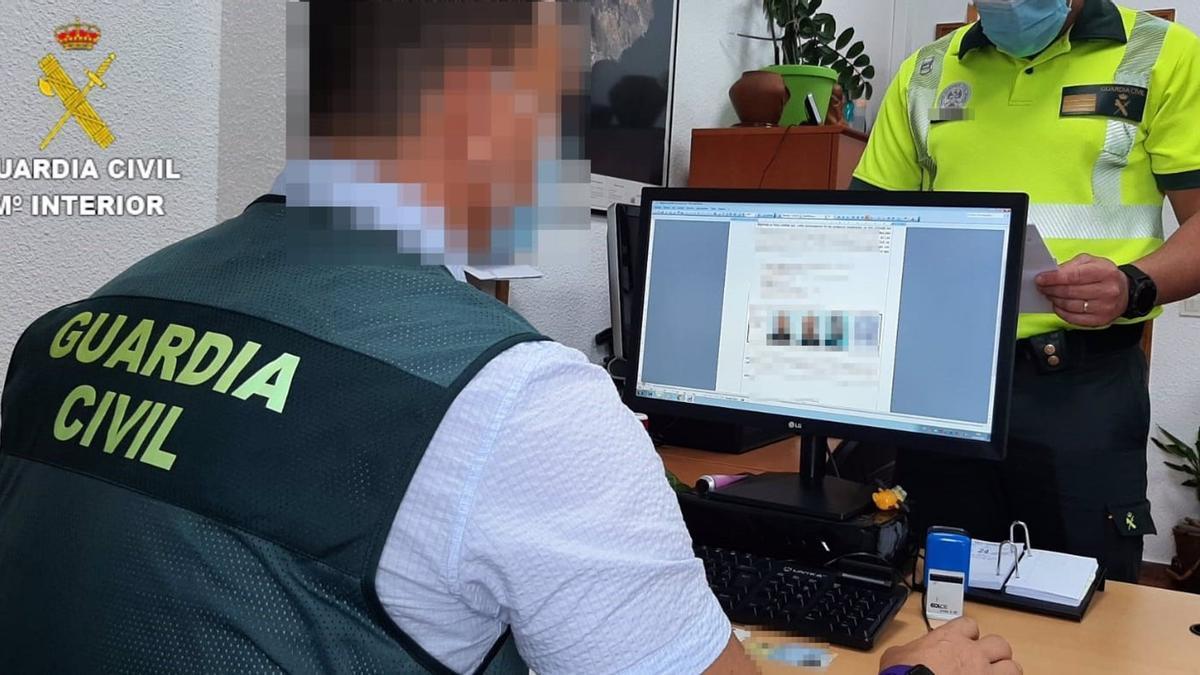 Agente del Grupo de Investigación y Análisis del Subsector de Tráfico (GIAT) de la Guardia Civil de Las Palmas