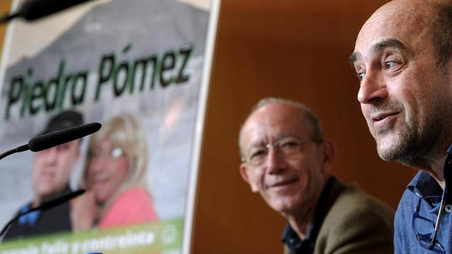 El dúo cómico Piedra Pómez, formado por Gregorio Figueras y Francisco Santana. EFE/Ángel Medina G.