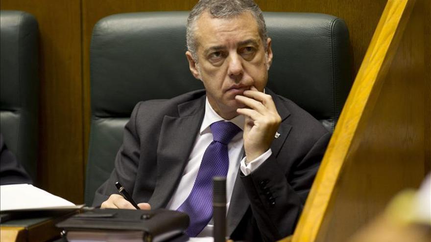 "Urkullu tacha de ""escándalo"" la fianza a Bárcenas"