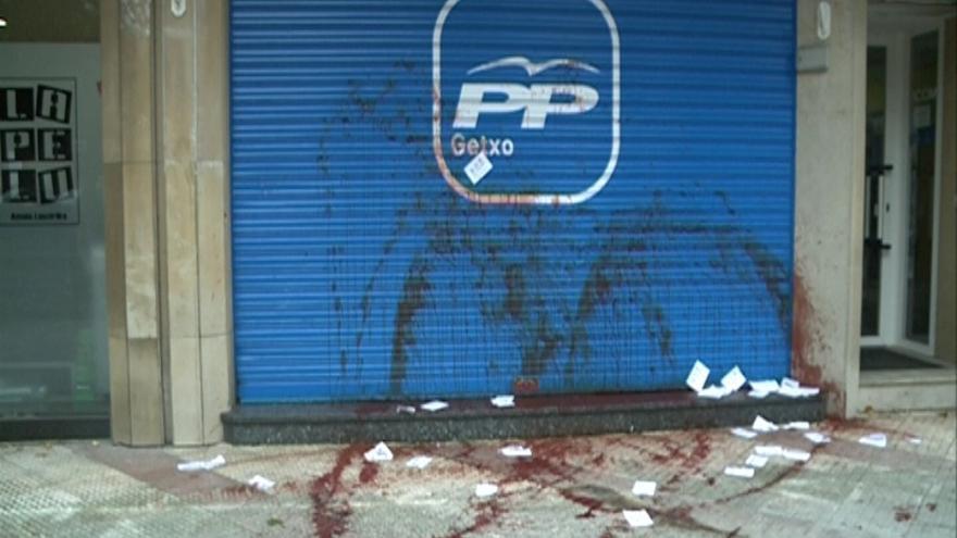 El Ayuntamiento de Getxo (Bizkaia) condena el ataque contra la sede del PP, con los votos de PNV, PSE-EE, PP y EA