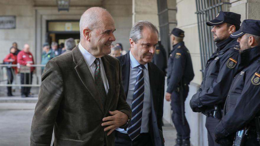 Chaves recurrirá la sentencia de los ERE al considerar que vulnera su presunción de inocencia
