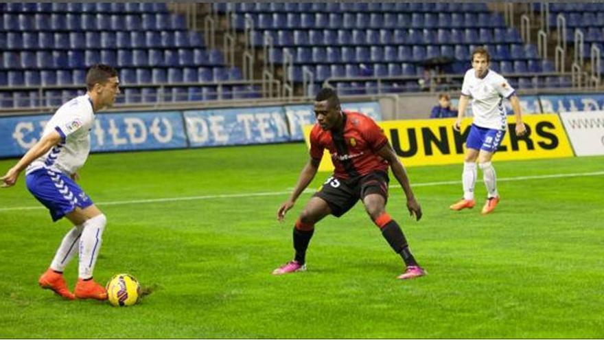 El CD Tenerife volvió a demostrar su falta de acierto de cara al gol. LFP