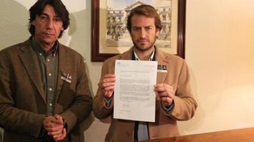 César Cabo entrega compromiso de no hacer huelga