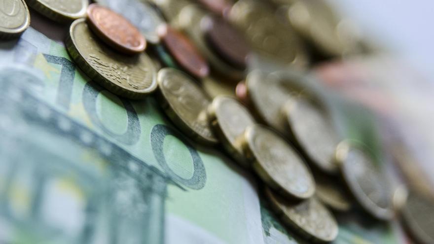 La banca española prevé suavizar este trimestre los criterios de concesión de créditos de consumo a familias