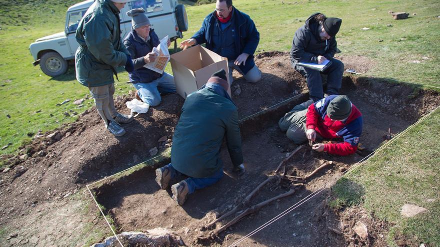 Exhumación de las hermanas Malón Pueyo