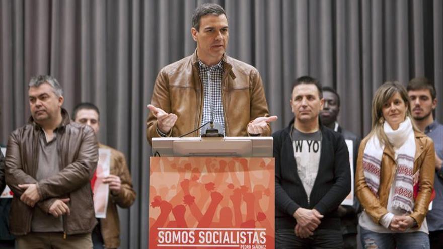 """Sánchez quiere recuperar a un PSOE """"autónomo"""" y ve al PP """"nervioso"""" con él"""