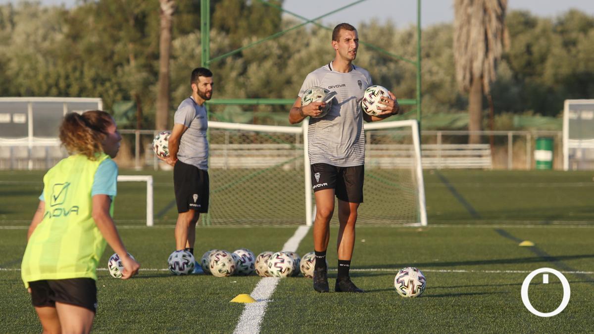 José Antonio Contreras en un entrenamiento