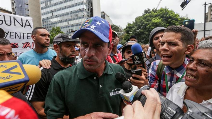 Capriles afirma que hay 50 muertos y 13.000 heridos en las protestas en Venezuela