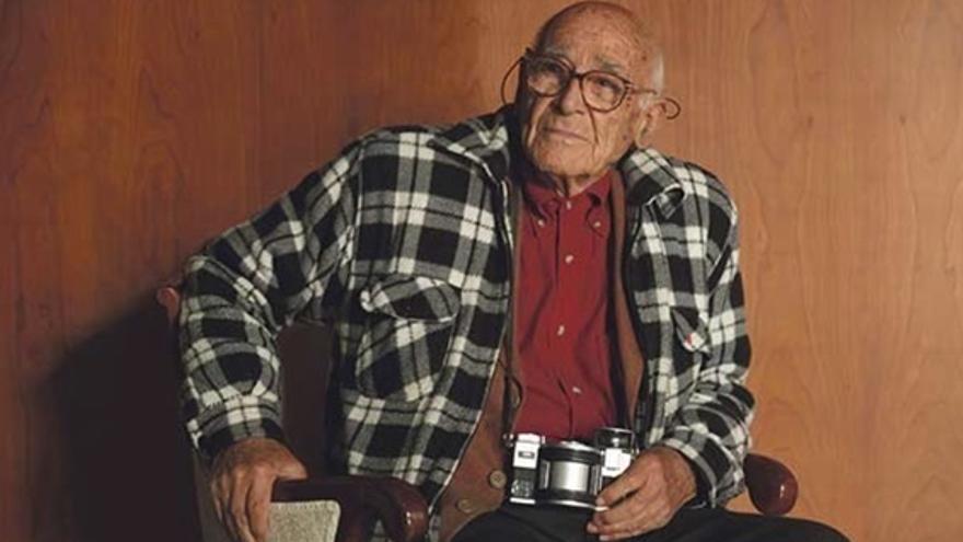 Muere el histórico militante comunista Manuel de Cos a los 97 años