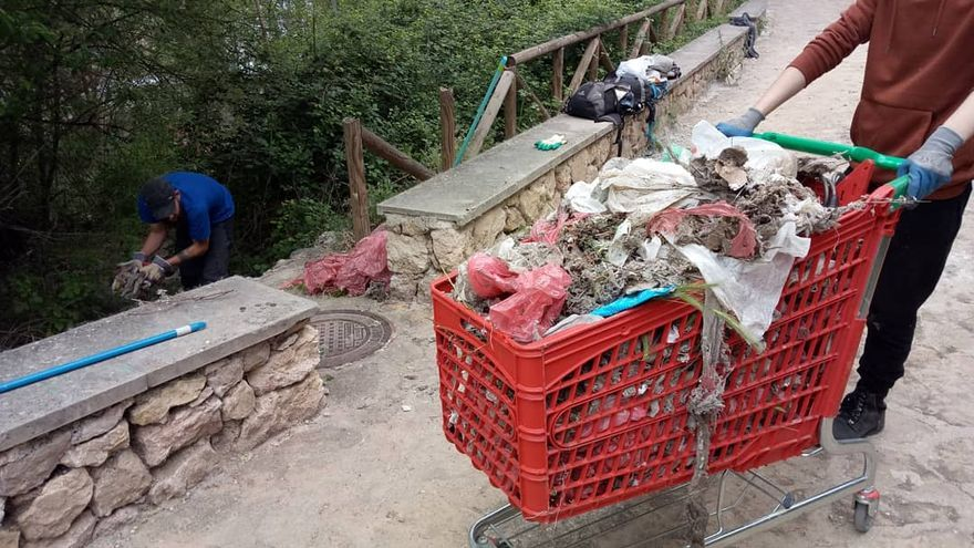 Voluntariado de 'Limpiando Cuenca'