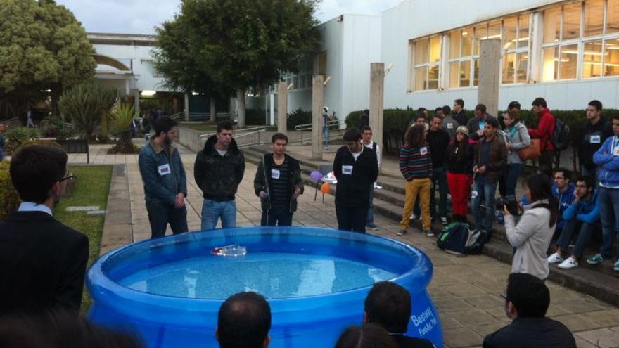 Participantes en la prueba Team Design en la Local Best Engineering Competition