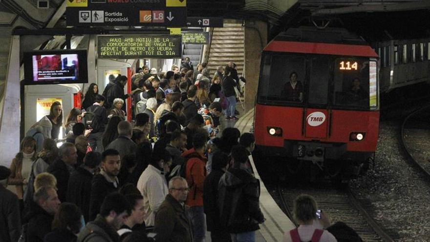 Barcelona vive mañana una nueva jornada de paros en el metro, la séptima