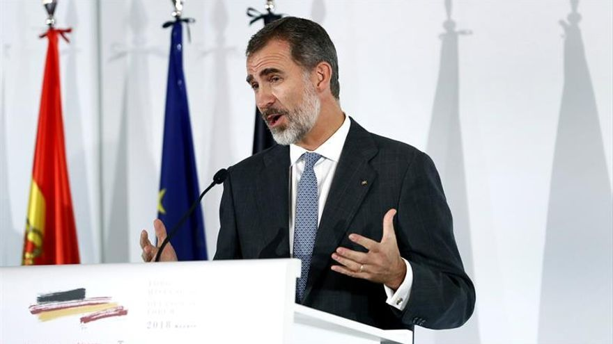 """El rey urge a una solución """"humanitaria y coordinada"""" de la UE en inmigración"""