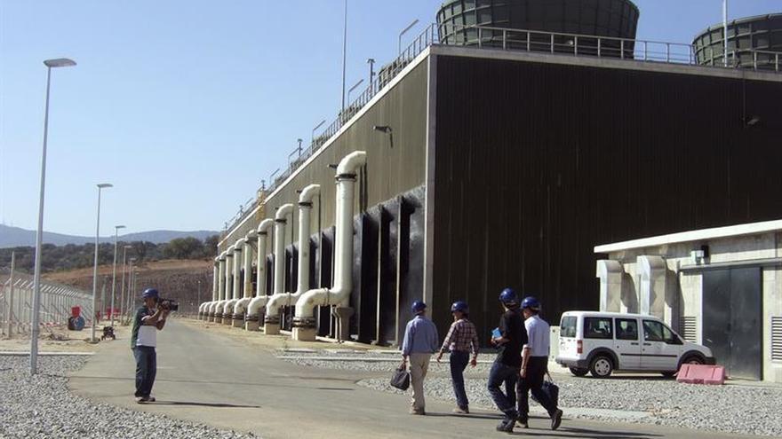 El Congreso rechaza que una delegación acuda a Portugal a hablar de Almaraz