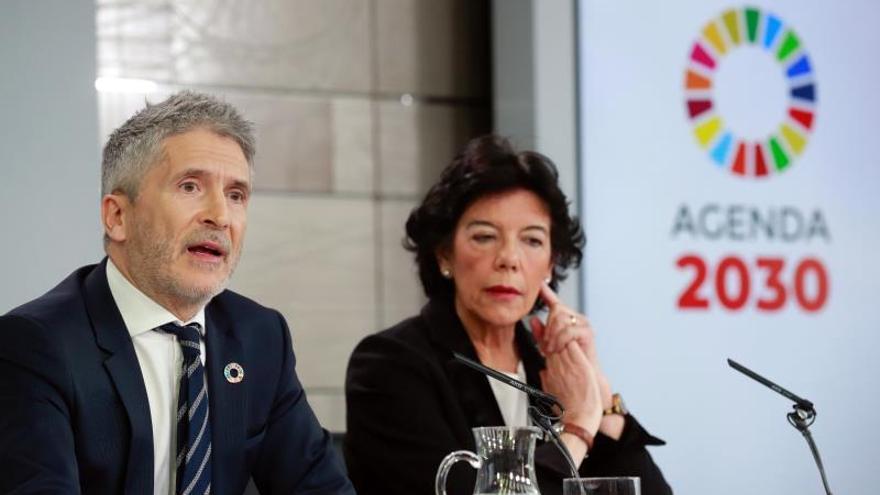 Interior retirará las concertinas de las zonas más vulnerables de Ceuta y Melilla