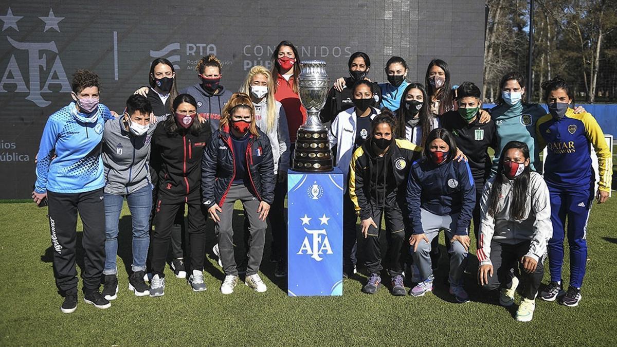 El anuncio se realizó en el predio de la Asociación del Fútbol Argentino (AFA).
