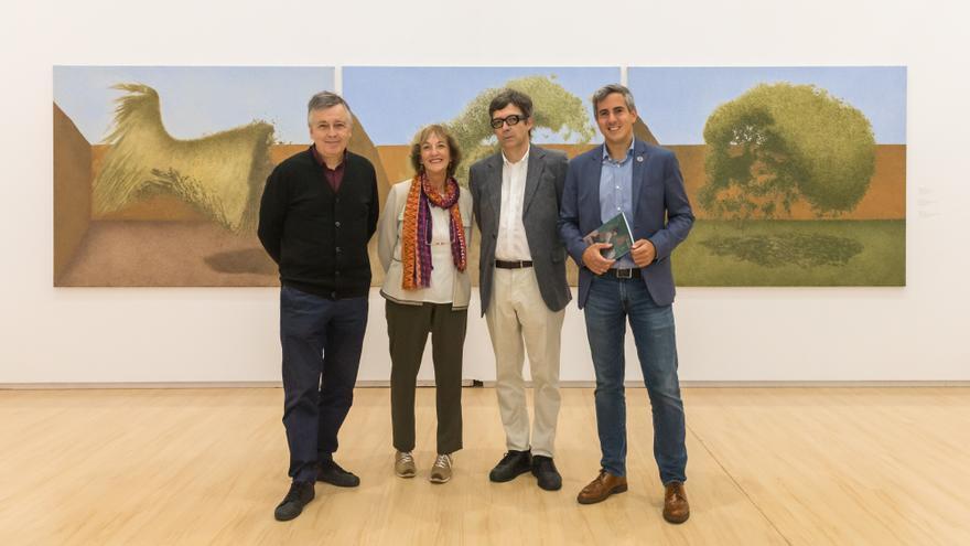 Pablo Zuloaga presenta la exposición 'Antología' de Sergio Sanz. | RAÚL LUCIO