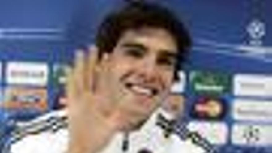 Kaká, en rueda de prensa