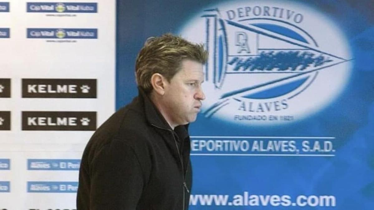 Piterman, en una comparecencia durante su etapa en el Deportivo Alavés