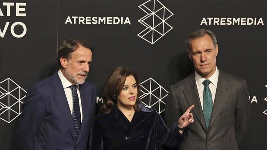 """Rajoy felicita a Sáenz de Santamaría por representar """"la esencia del PP"""""""