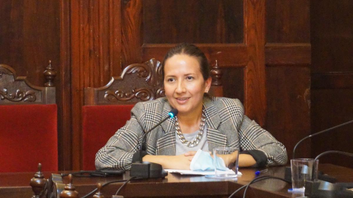 Lorena Hernández.