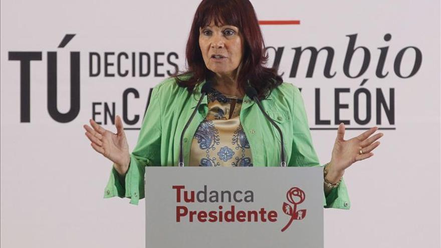 Navarro acusa al PP de excluir a generaciones del ámbito laboral cualificado