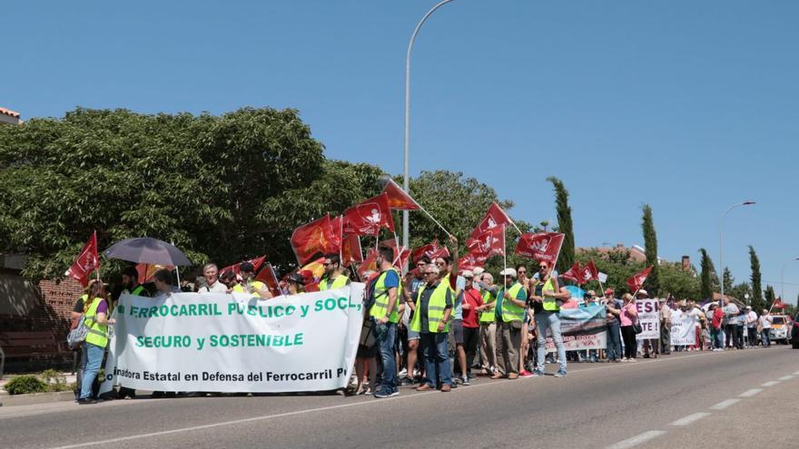 Manifestación por el ferrocarril en Illescas (Toledo)