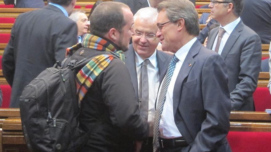 Mas ironiza con que emulará la forma de dialogar de Navarro con los díscolos del PSC