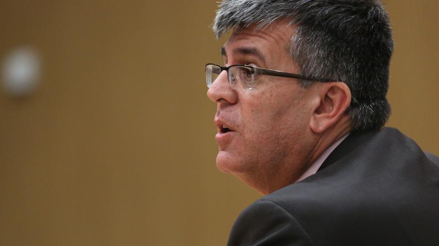 El comisario de la Policía Canaria, Luis Santos Jara, durante su comparecencia como testigo del caso Ladrillo.