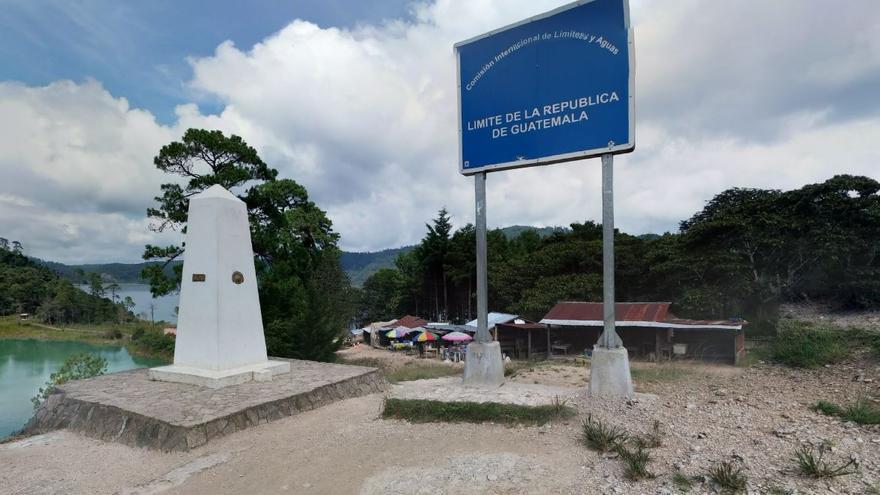 Frontera entre Guatemala y México cerca del lago de Tziscao, en el departamento de Chiapas (lado mexicano)