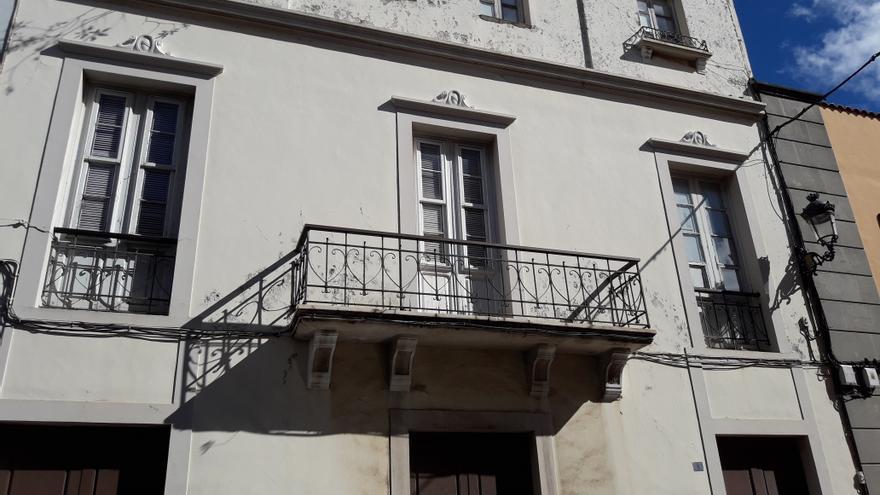 Edificio histórico que se prevé derribar en el centro de La Laguna