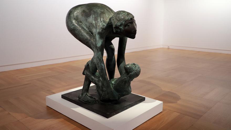 Escultura de  Manuel Bethencourt.